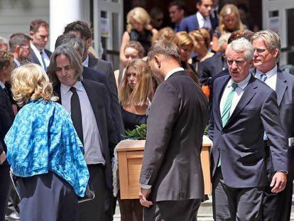 Los Kennedy reunidos para el funeral de Saoirse.