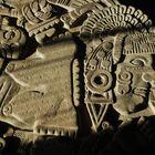 La escultura de la diosa Coyolxauhqui, pieza emblemática de la cultura mexica, fue hallada de manera fortuita el 21 de febrero de 1978, cuando una cuadrilla de la Compañía de Luz y Fuerza laboraba en la esquina de las calles de Guatemala y Argentina, en el Centro Histórico de la Ciudad de México.