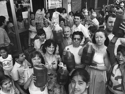 Entrega de aceite adulterado en Alcorcón, en 1981.