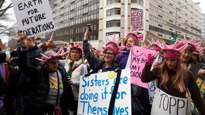 Manifestantes en la 'Marcha de las Mujeres' contra Donald Trump en Washington.