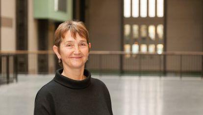 Frances Morris, en un retrato subido a Twitter por la Tate.