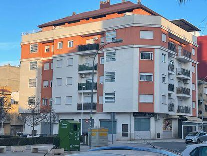 Edificio de la Sareb en Riba-roja.