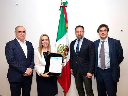Julen Rementería, Alejandra Reynoso, Santiago Abascal y Jorge Martín Frías durante la presentación en México del Foro Madrid.