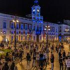 DVD 1052 (08-05-21)Decenas de personas en la Puerta del Sol pasadas las 23 horas. Foto: Olmo Calvo