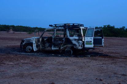 Vehículo en el que viajaban seis cooperantes franceses y dos nigerinos, el pasado 9 de agosto, en Níger.