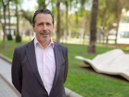José E. Capilla, nuevo rector de la Universitat Politècnica de València.  El catedrático José E. Capilla ha sido elegido nuevo rector de la Universitat Politècnica de Valencia (UPV).