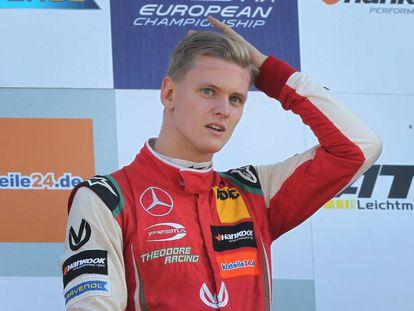 Mick Schumacher, tras ganar la Fórmula 3 Europea.