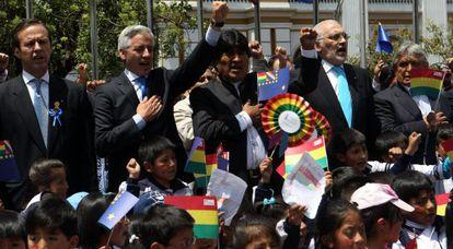 El presidente Evo Morales en el centro de La Paz tras el fallo.