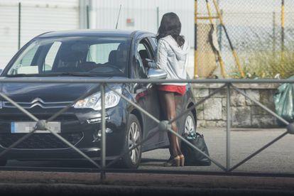 Una mujer prostituida, en una imagen de archivo