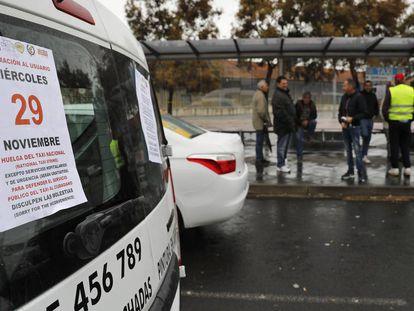 Protesta de taxistas en Valencia contra la proliferación de VTC.