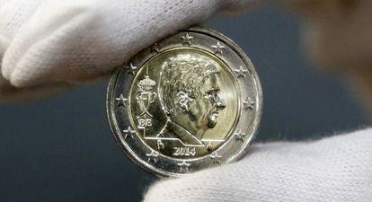 La nueva moneda de euro belga, con la imagen del rey Philippe, presentada el pasado martes.