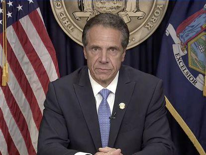 El gobernador demócrata de Nueva York, Andrew Cuomo, en la comparecencia en la que ha anunciardo su renuncia este martes.