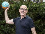 El seleccionador nacional de balonmano, Jordi Ribera, en su casa de Girona.