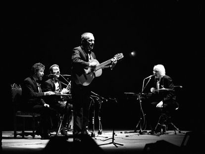 Actuación del grupo argentino 'Les Luthiers' en Madrid, el 29 de octubre de 1996.