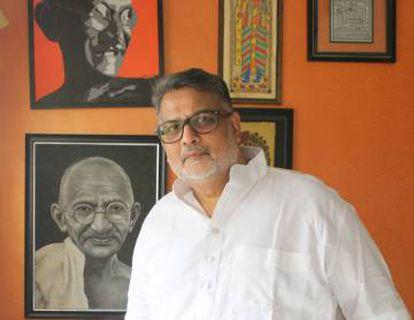 Tushar Gandhi, el bisnieto del Mahatma Gandhi, escribió 'Let's kill Gandhi' (2007) para acabar con los rumores sobre el asesinato de su bisabuelo.