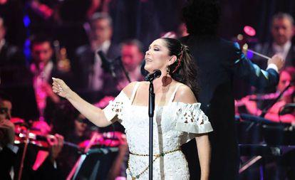 Isabel Pantoja cantando en febrero de 2018.