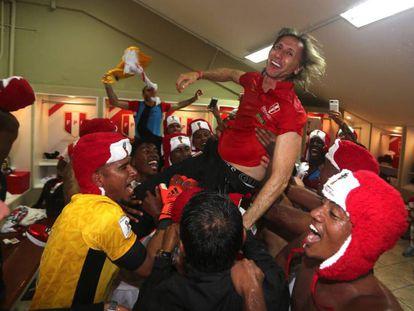 Ricardo Gareca festejando la clasificación al Mundial.