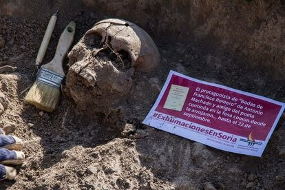 La fosa donde fueron enterrados los profesores fusilados en Cobertelada en 1936, entre ellos Francisco Romero.