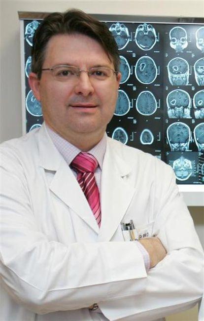 Bartolomé Bejarano, neurocirujano de la Clínica Universitaria de Navarra