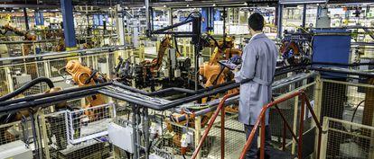 Una de las aplicaciones del 5G en la industria que se prevé más recurrente es el uso de robots colaborativos.