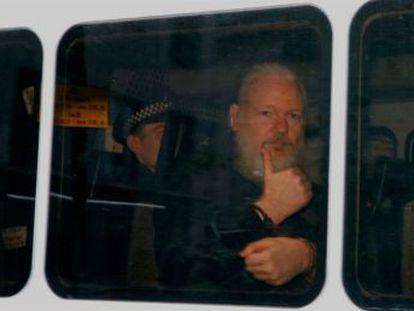 La CIA accedió al servidor donde la compañía almacenó perfiles de centenares de personas que vieron al fundador de WikiLeaks