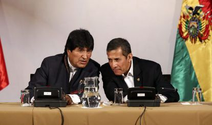 Evo Morales y Ollanta Humala, en Puno (Perú).