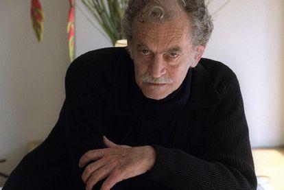 Rodolfo Enrique Fogwill, en Madrid en febrero de 2002.