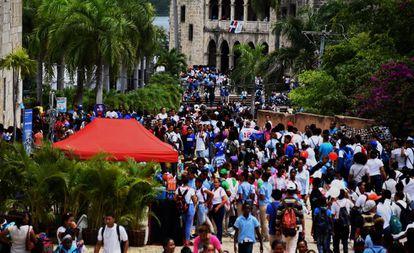 Visitantes de la Feria del Libro de Santo Domingo de 2019.