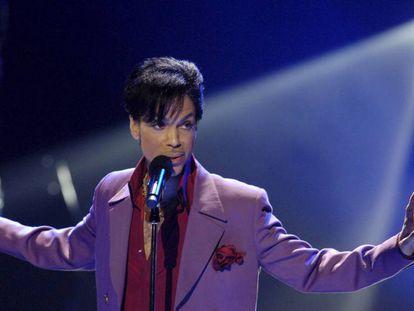 Prince, en un concierto en California en 2006.