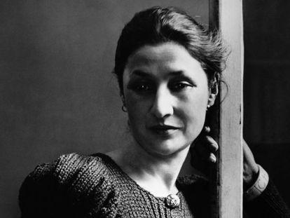 Valentine Penrose, en una imagen de archivo hecha por Rogi André.