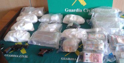 Alijo de droga incautado en una operación en España.