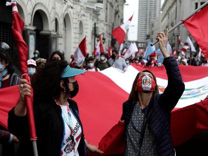 Una protesta contra el Gobierno de Pedro Castillo en Lima, el 8 de octubre.