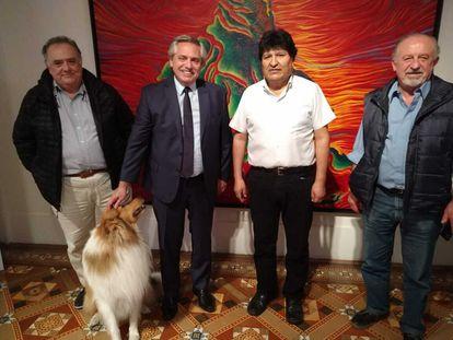 Encuentro entre el expresidente boliviano Evo Morales y el mandatario argentino, Alberto Fernández, el lunes por la noche en la residencia presidencial de Olivos.