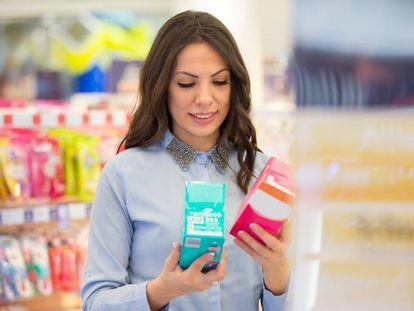 Tasa rosa: ¿por qué las mujeres pagan más por sus productos personales?