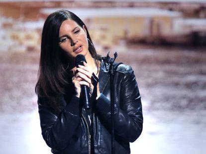Lana Del Rey en el Apple Launch.