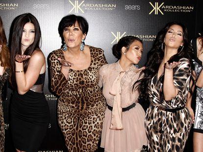 Khloe Kardashian, Kylie Jenner, Kris Jenner, Kourtney Kardashian, Kim Kardashian y Kendall Jenner, en Los Ángeles.