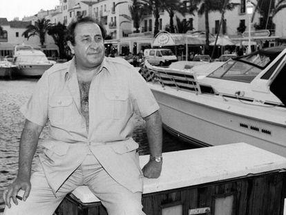 Jesús Gil, en Puerto Banús (Marbella), en mayo de 1991. En vídeo, tráiler de 'El pionero', la serie de no ficción sobre el exalcalde de Marbella.
