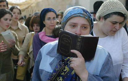 Mujeres judías ultraortodoxas, en un acto en Cisjordania, por Uriel Sinai (Getty Images)