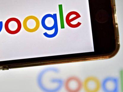 Google lanza la primera versión de su asistente en español.