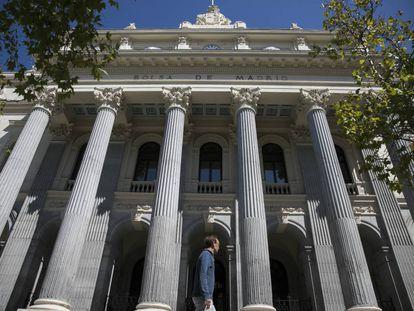 Fachada de la Bolsa de Madrid