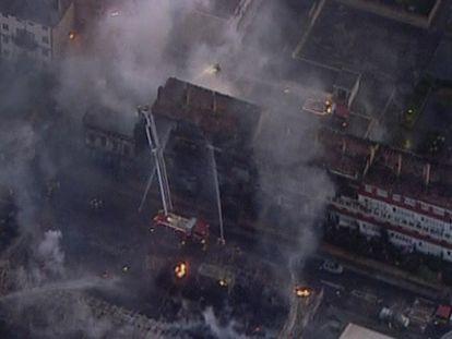 Más de 150 vecinos desalojados por un incendio en Londres