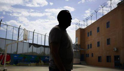 Miqui (nombre ficticio) se recupera de un brote psicótico en la unidad hospitalaria psiquiátrica del centro penitenciario Brians I.