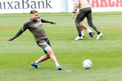 Héctor Herrera, during Atlético de Madrid's training session last Thursday at Cerro del Espino de Majadahonda.