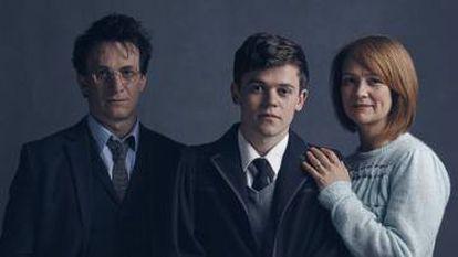 Harry, Albus y Ginny, interpretados por Jamie Parker, Sam Clemmett y Poppy Miller.
