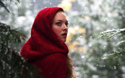 Amanda Seyfried en un fotograma de la película 'Caperucita roja', de Catherine Hardwicke.