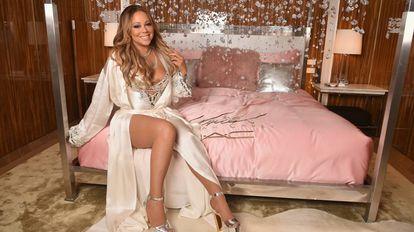 Mariah Carey en un posado para la marca de cosméticos MAC.