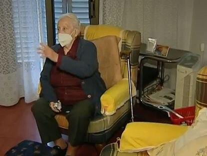 Captura de Antena 3 de la señora desahuciada por error en Hospitalet..