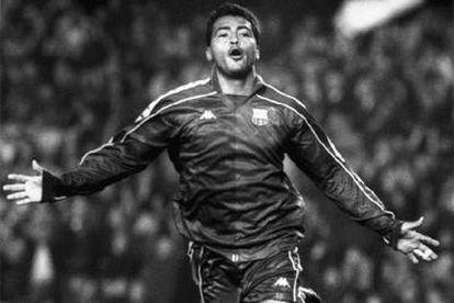Romario celebra un gol en su etapa en el Barcelona.