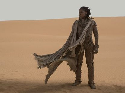 La actriz Sharon Duncan-Brewster como la planetóloga Kynes en el rodaje de la nueva versión de 'Dune'