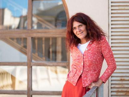 La profesora Teresa Vicente, en la Universidad de Murcia.